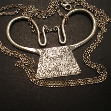 hmong-tribal-silver-large-pendant-09503.jpg