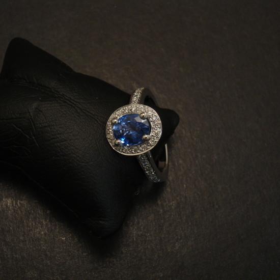lively-ceylon-sapphire-diamonds-18ctwhite-gold-halo-ring-09579.jpg