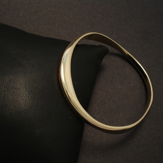 gold-copy-customer-base-metal-bangle-00041.jpg