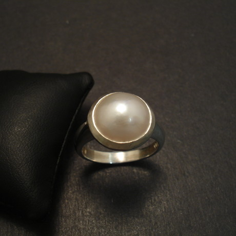 japanese-mabe-pearl-10mm-silver-ring-09720.jpg