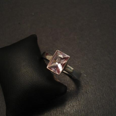 pink-morganite-beryl-baguette-gemstone-silver-ring-09739.jpg