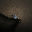 light-bright-blue-sapphire-9ctgold-simple-ring-09805.jpg