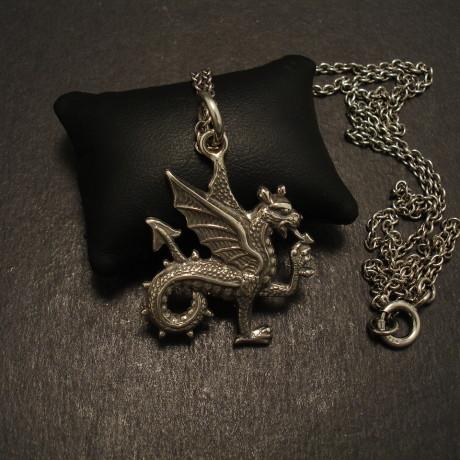 welsh-dragon-sterling-silver-pendant-09980.jpg