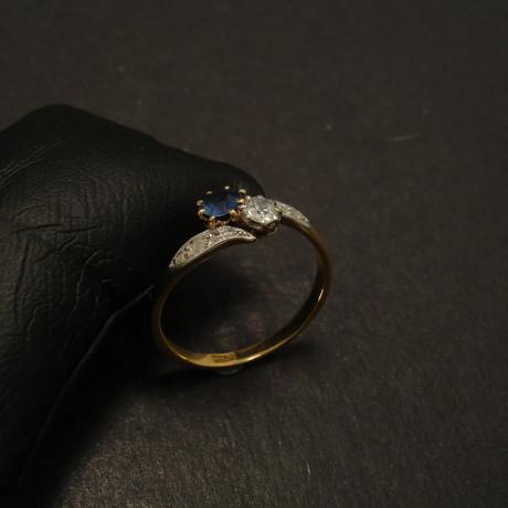 antique-sapphire-diamond-18ctgold-ring-09888.jpg