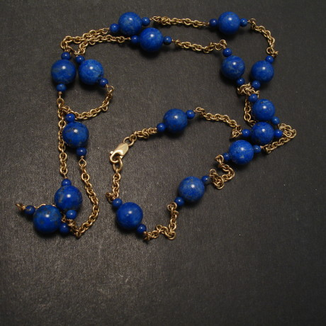 lapis-9ctgold-chain-8mmbead-necklace-06588.jpg