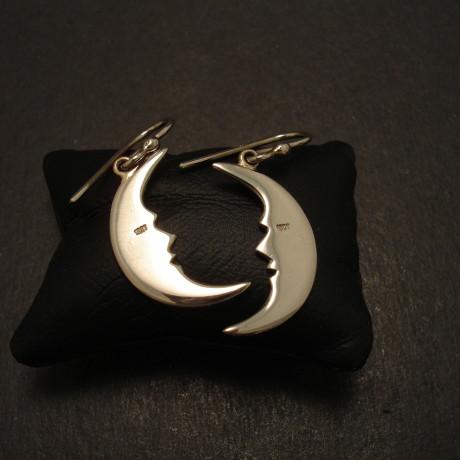 moon-crescent-18ctwhite-gold-earrings-09568.jpg
