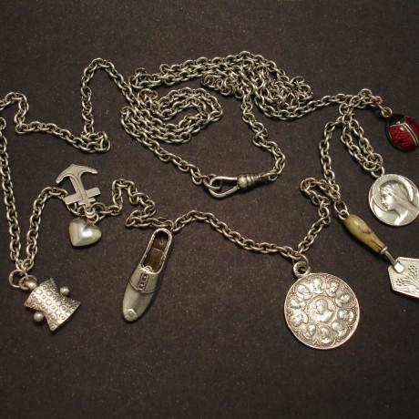 antique-charms-silver-long-chain-00127.jpg