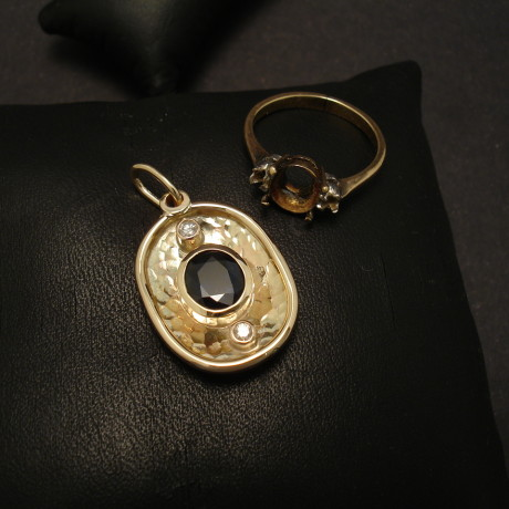 pendant-custom-made-9ctgold-clients-ring-gemstones-00137.jpg