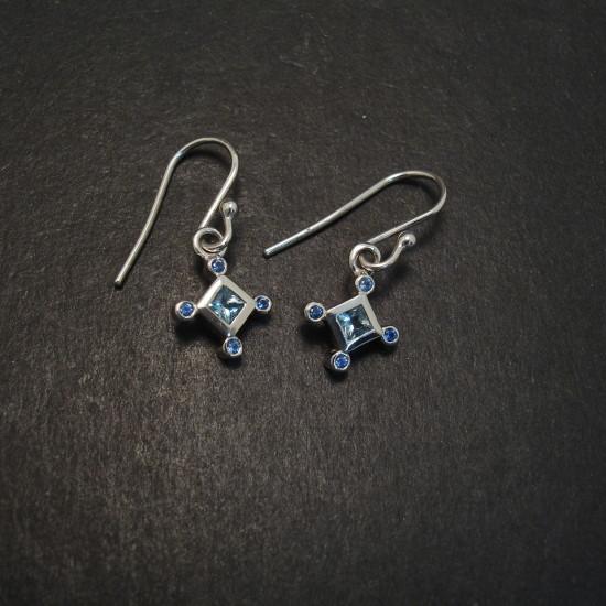aquamarine-squares-8sapphires-9ctwhite-gold-earrings-06750.jpg