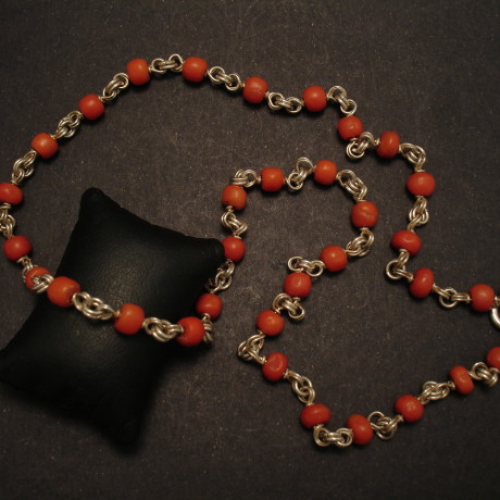 coral-strung-silver-unique-necklace-00287.jpg