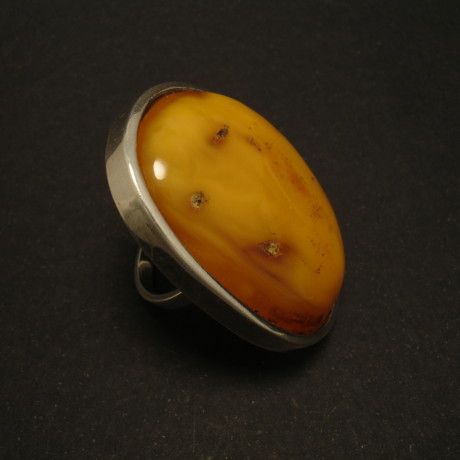 1960s-amber-swedish-silver-ring-big-01513.jpg
