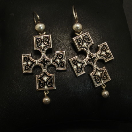 antique-enamelled-silver-cross-earrings-01633.jpg