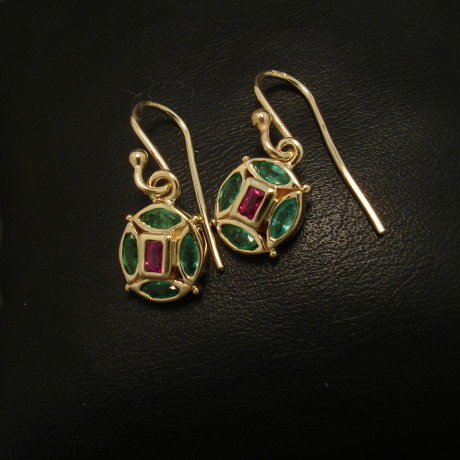 58ct-emerald-marquise-ruby-bag-9ctgold-earrings-01626.jpg