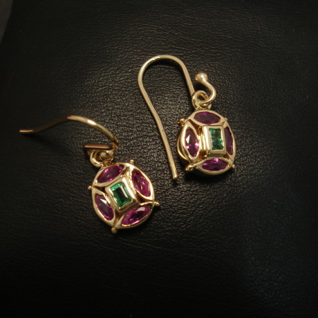82ct-rubies-emerald-bag-9ctgold-earrings-01625.jpg