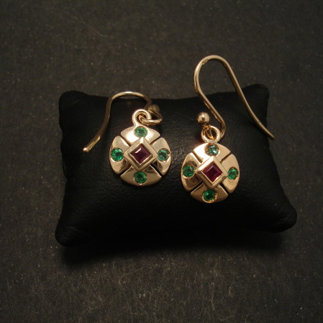 bright-emeralds-rubset-rubies-9ctrose-gold-earrings-01603.jpg