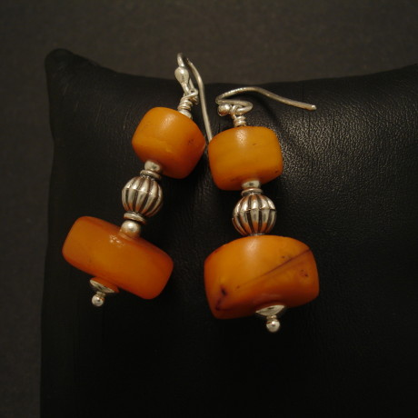 double-bead-tib-amber-earrings-01955.jpg