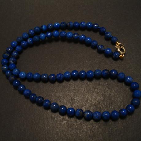 65mm-lapis-lazuli-bead-necklace-gold-clasp-09839.jpg