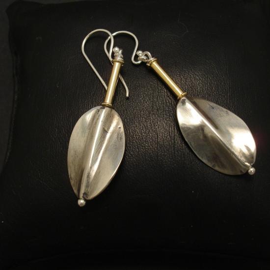 contemporary-leaf-form-silver-earrings-01883.jpg