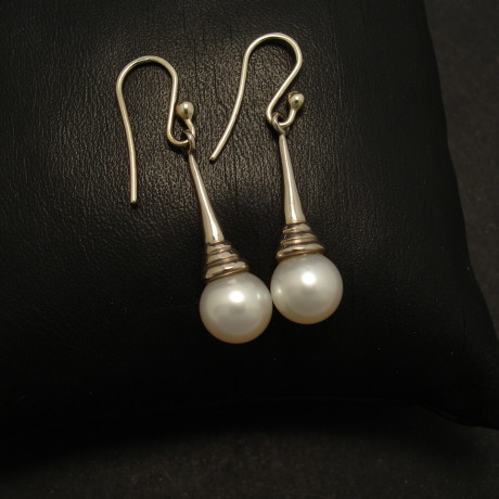 elegant-18ct-white-gold-pearls-earrings-01890.jpg