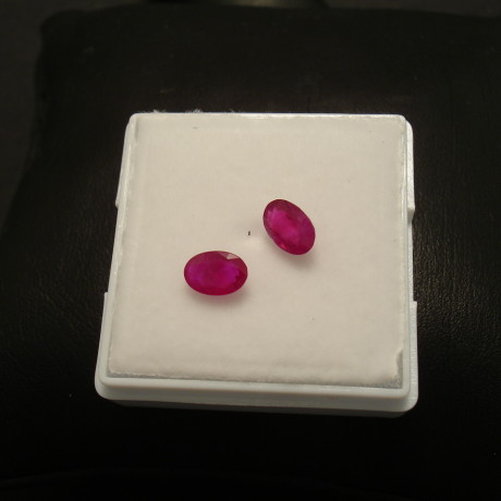 natural-burmese-ruby-oval-pair-107ct-01804.jpg