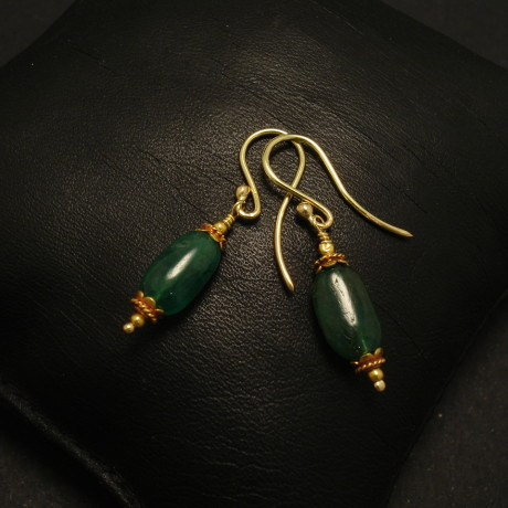 natural-pebble-emerald-18ctgold-earrings-02187.jpg