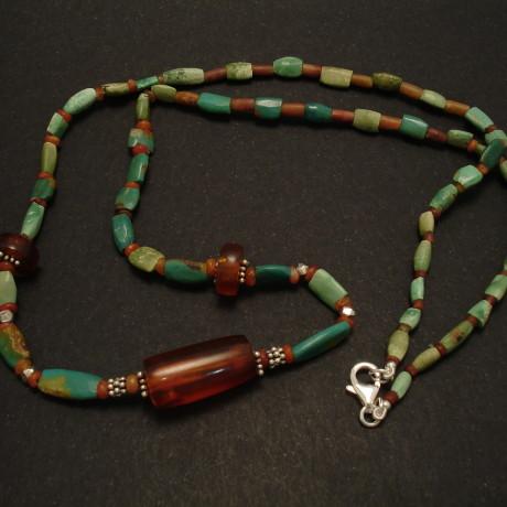 natural-tribal-amber-persian-turq-necklace-01900.jpg