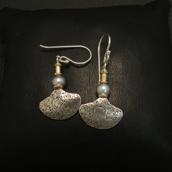 simply-cute-silver-earrings-silver-pearls-01885.jpg