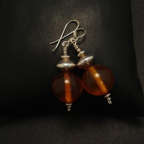 translucent-honey-amber-silver-earrings-01889.jpg