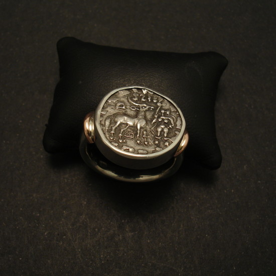 ancient-kuninda-silver-coin-ring-01674.jpg