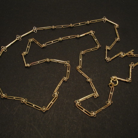 handmade-arts-crafts-9ct-gold-chain-02195.jpg