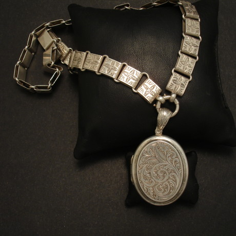 1880s-collar-locket-english-silver-01938.jpg