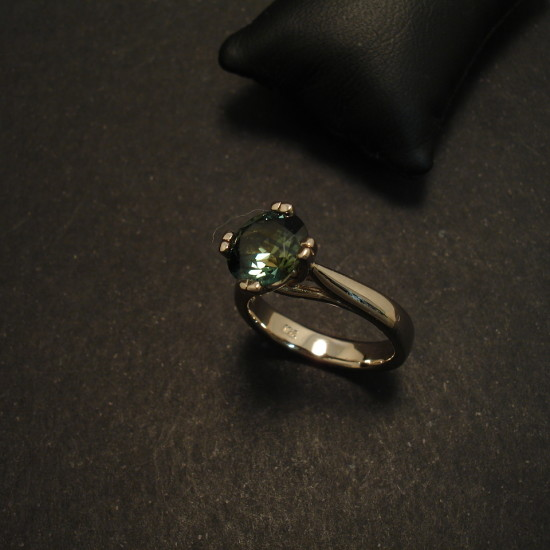 customers-sapphire-custom-made-white-gold-ring-01787.jpg