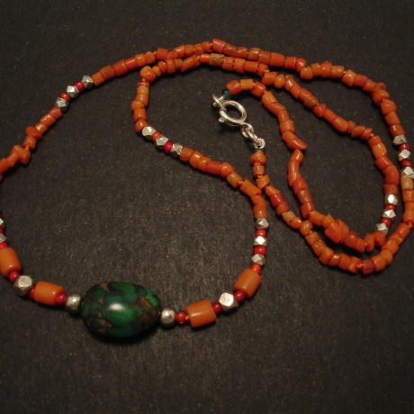old-green-tibetan-turquoise-coral-necklace-02015.jpg