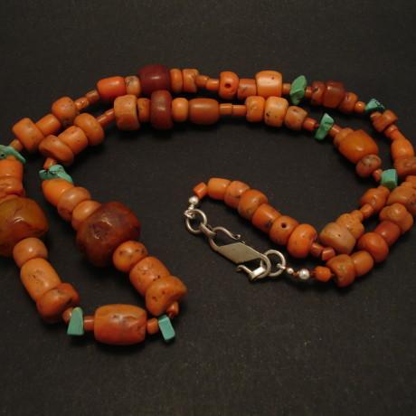 old-tribal-tibetan-coral-amber-necklace-02166.jpg