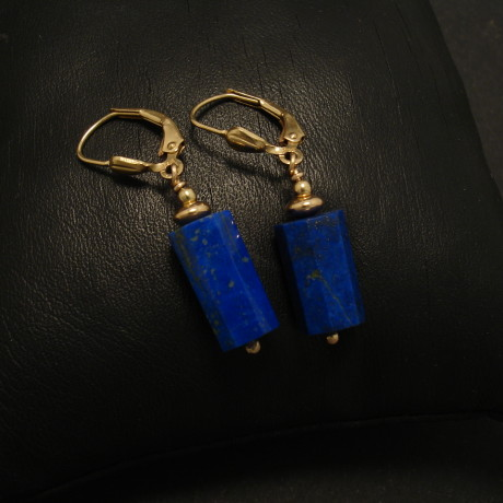 sexagonal-lapis-lazuli-beads-9ctgold-earrings-02208.jpg