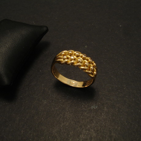 wheatsheaf-18ct-gold-antique-ring-02039.jpg