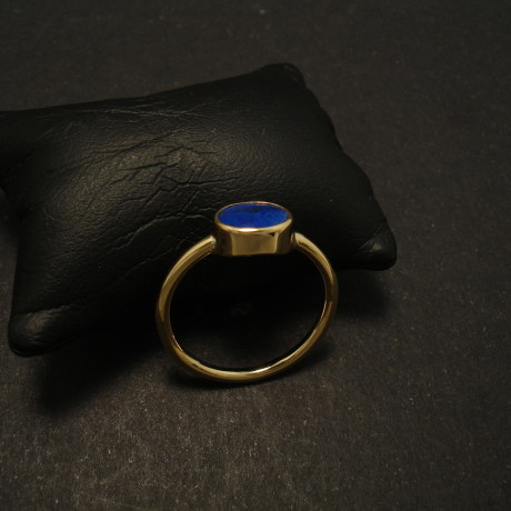 flat-oval-agrede-lapis-hmade-18ctgold-ring-02045.jpg