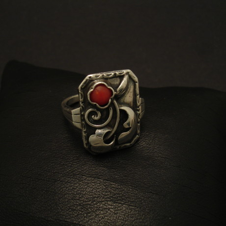 french-silver-coral-ring-1930s-02097.jpg