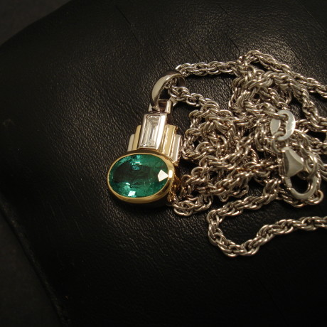 171ct-emerald-oval-diamond-18ctgold-artdeco-pendant-02262.jpg
