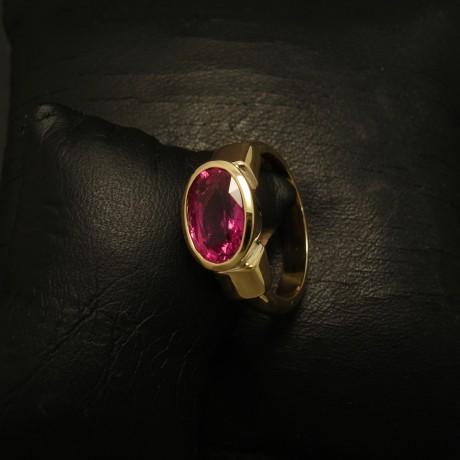 rubellite-tourmaline-218ct-18ctgold-ring-02845.jpg