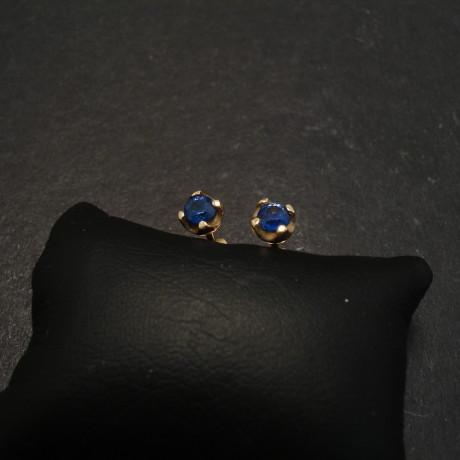32ct-ceylon-sapphire-9ctgold-4claw-earstuds-06770.jpg