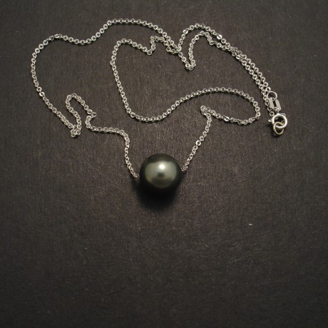 10mm-black-tahitian-pearl-18ctwhite-gold-chain-04667.jpg
