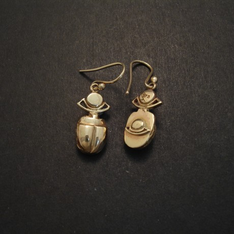 ancient-egyptian-scarab-deesign-9ctgold-earrings-04586.jpg