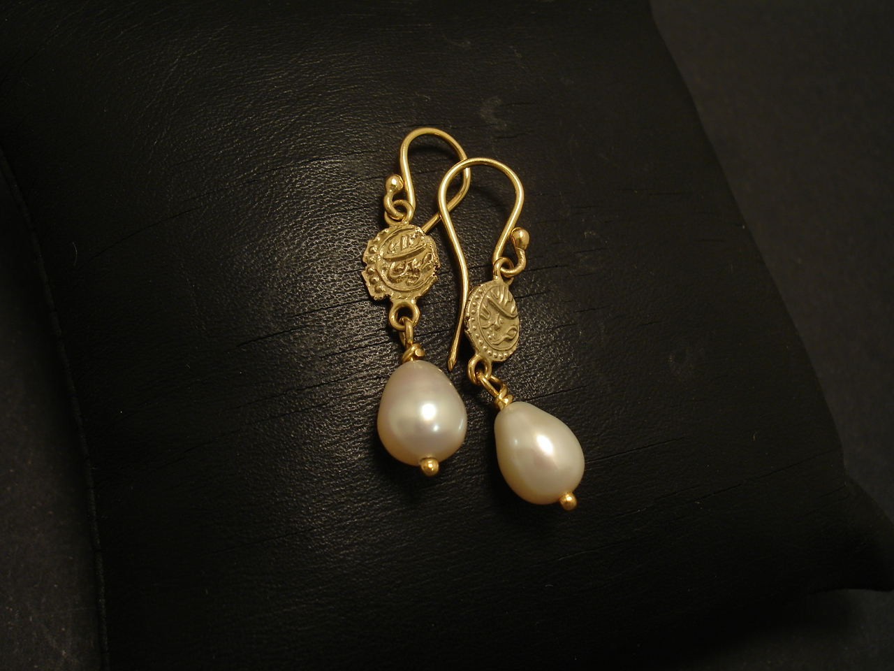 Old Malabar Gold Coins, 18ct Gold Earrings, Pearl - Christopher William  Sydney Australia - Antique, ruby, coral and tribal jewellery