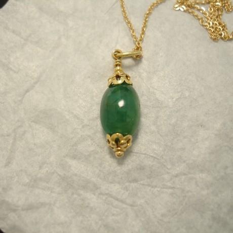 translucent-green-emerald-pebble-pendant-18ctgold-04792.jpg