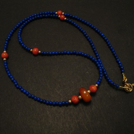 afghani-agrade-lapis-amber-coral-9ctgold-necklace-03058.jpg