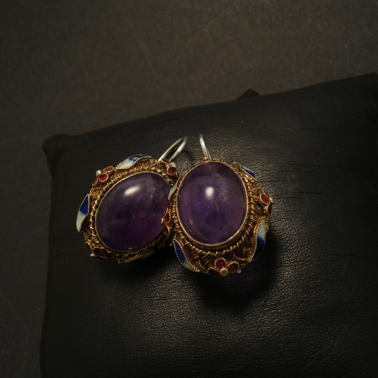 shanghai-1930s-silver-amethyst-cab-earrings-02423.jpg