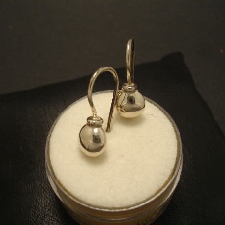 solid-cute-9ctwhite-gold-ball-earrings-fixed-02561.jpg