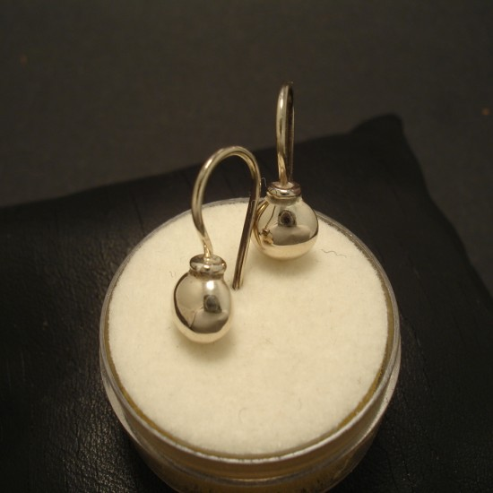 solid-cute-9ctwhite-gold-ball-earrings-fixed-02561.jpg