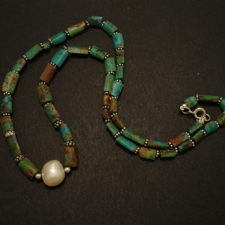 ancient-cut-persian-turquoise-pearl-centre-necklace-02618.jpg
